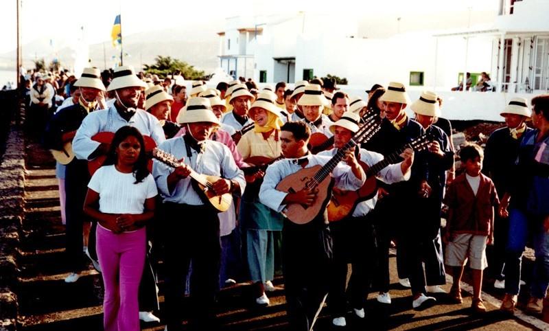 Fiestas del Pino en Punta Mujeres VI