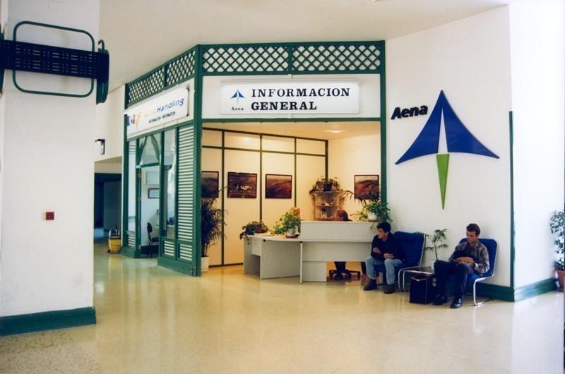 Antigua terminal del aeropuerto VII
