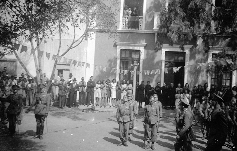 Desfile militar en Haría IV