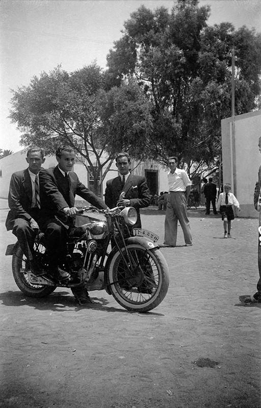 Amigos en moto II