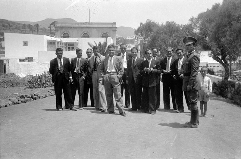 Grupo de jóvenes en Haría III