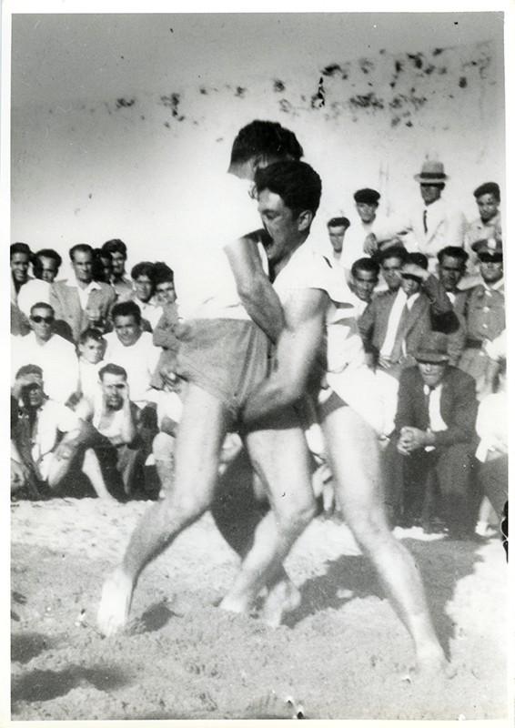 Luchada en Puerto Cabras