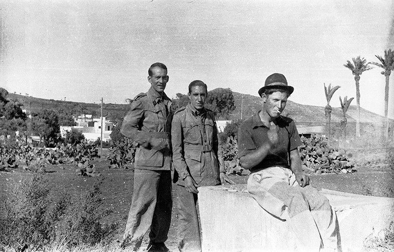 Militares en Haría II