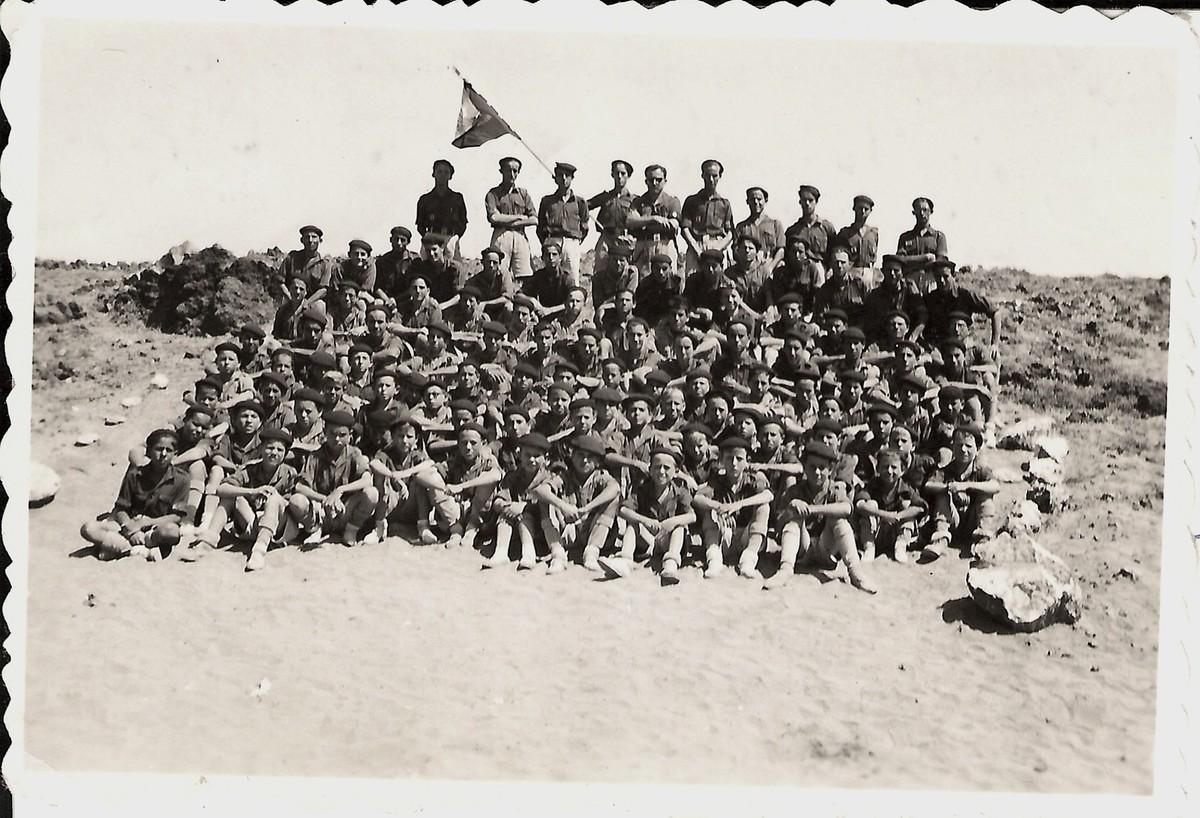 Campamento del Frente de Juventudes en Arrieta