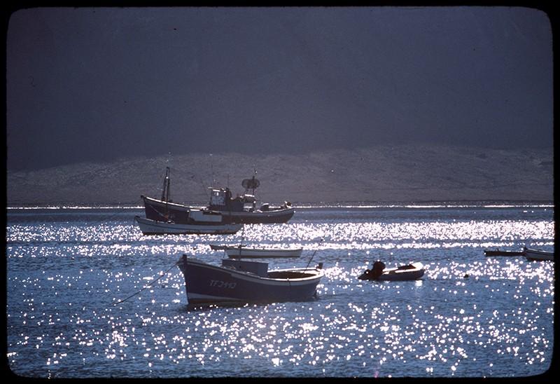 Barcos fondeados en Caleta del Sebo I