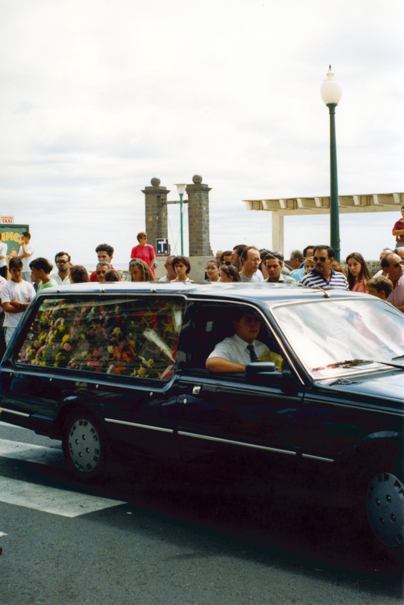 Cortejo fúnebre de César Manrique III