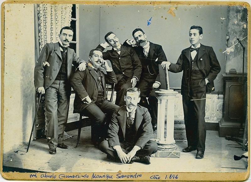 Gumersindo Manrique y varios amigos