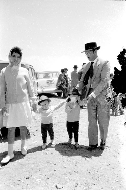 Padre e hijas en Las Nieves I