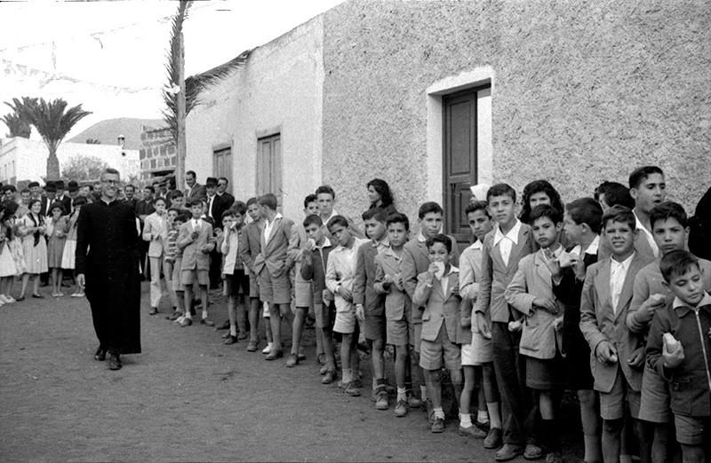 Niños en Máguez VI