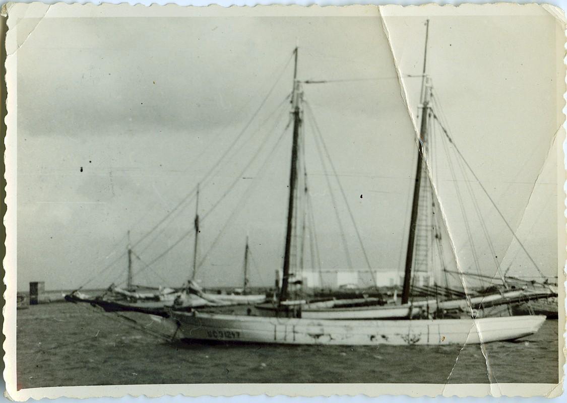Barco en Arrecife