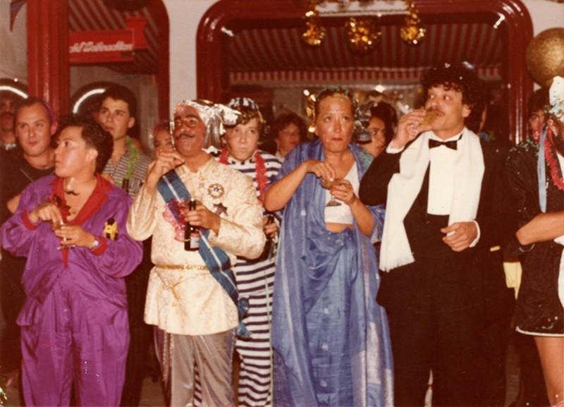 César Manrique en el carnaval de «El Almacén» I