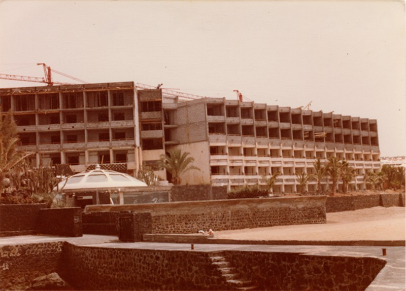 Ampliación Hotel Los Fariones