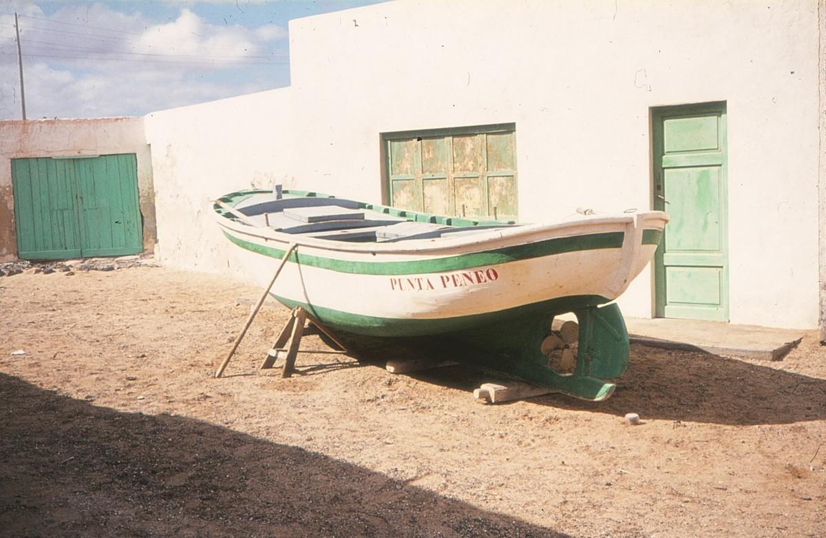 Barco de La Caleta