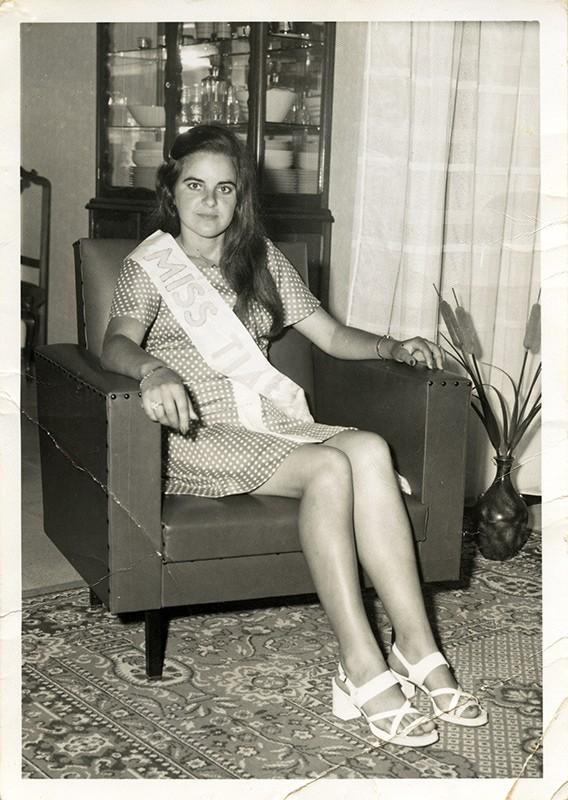 Miss Tías I