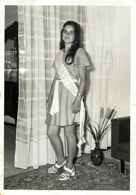 Miss Tías II