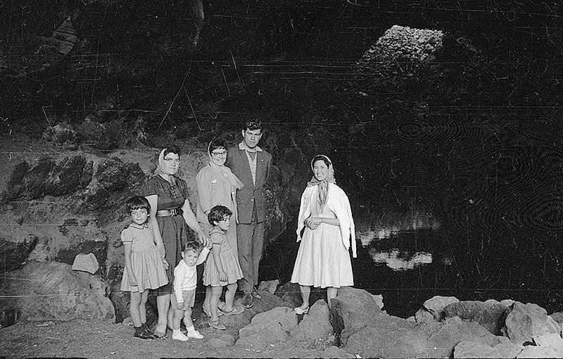 Familiares en los Jameos del Agua