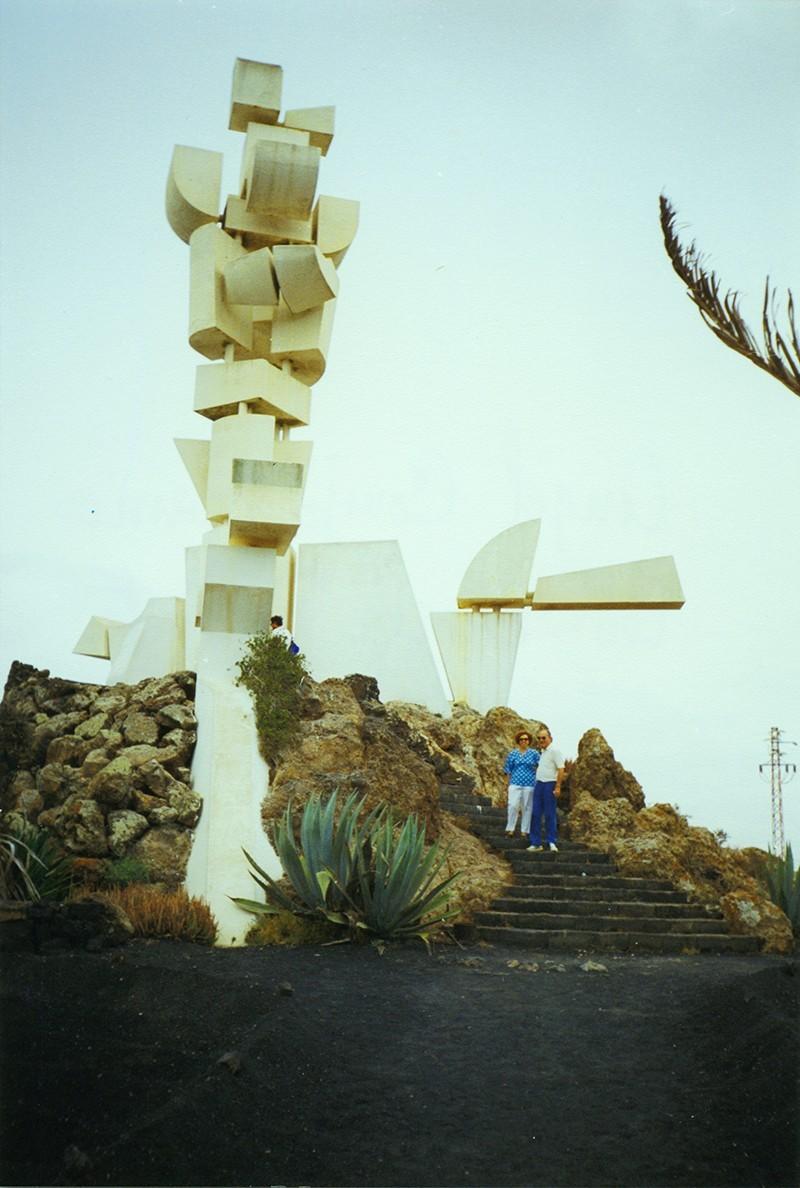 Monumento a la Fecundidad I
