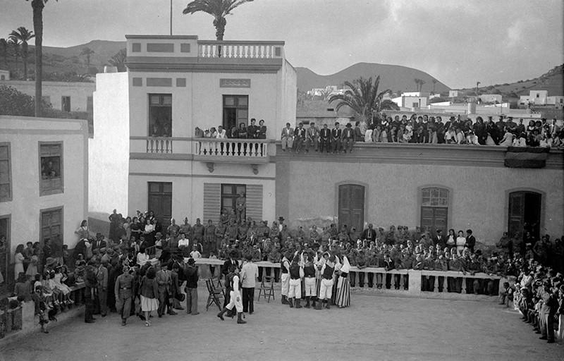 Agrupo Ajei en Haría III