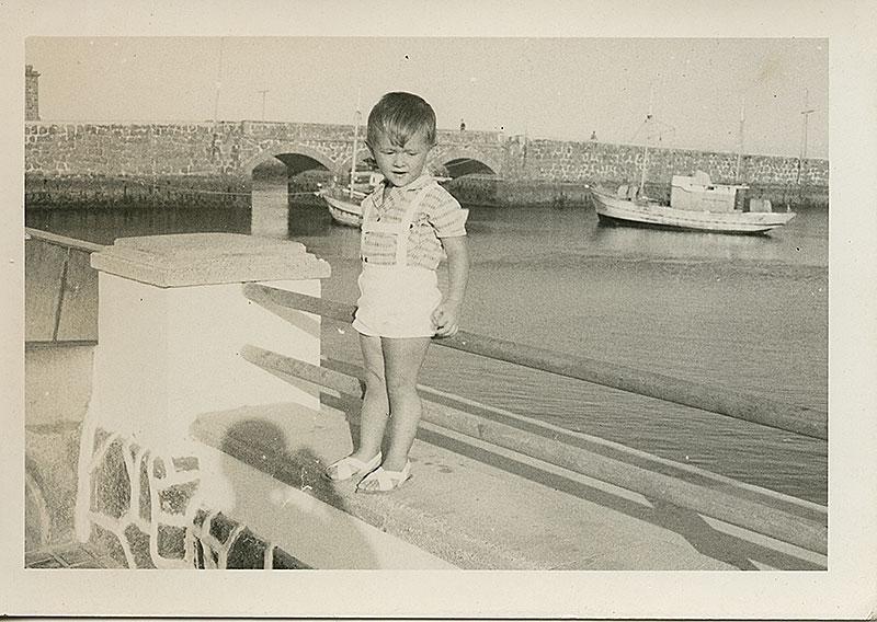 Niño en el parque II