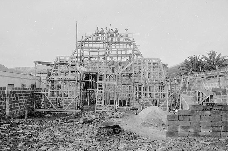 Construcción de la nueva iglesia de Haría I