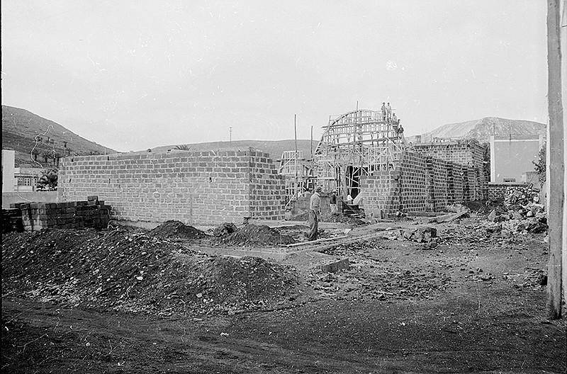 Construcción de la  nueva iglesia de Haría II