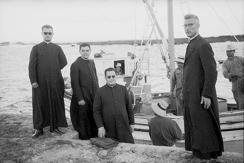 Sacerdotes rumbo a la Graciosa