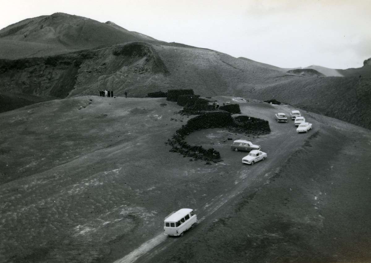 Turistas en las Montañas del Fuego
