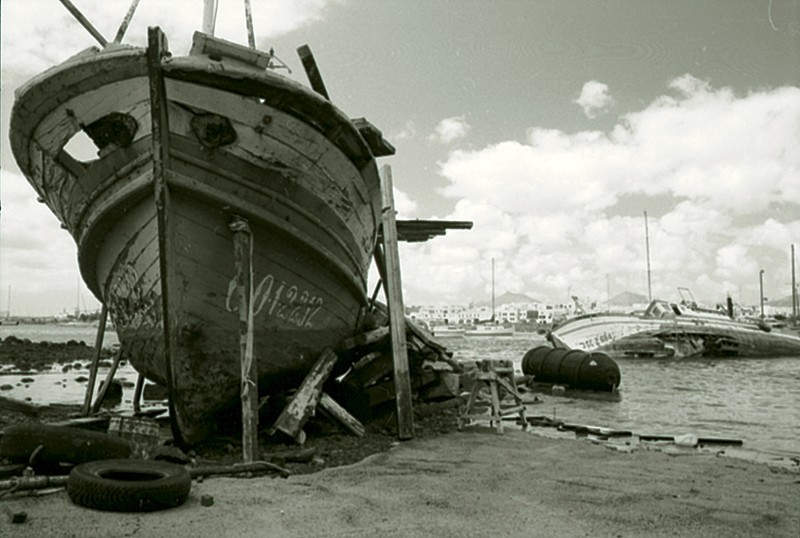 Barco en Puerto Naos
