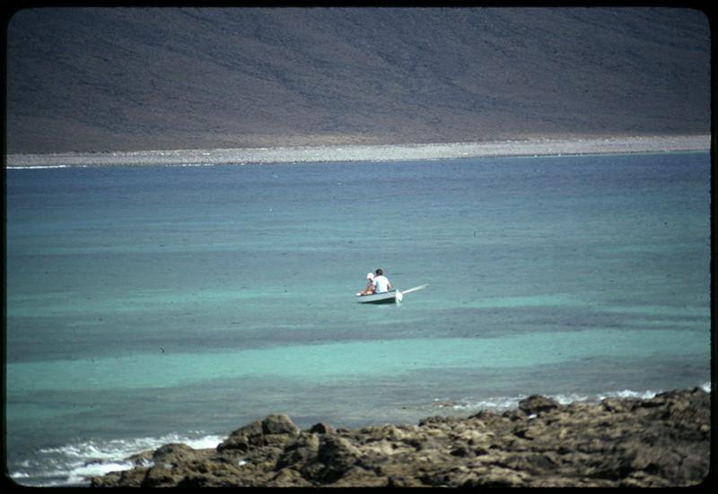 Pequeño barco en La Graciosa