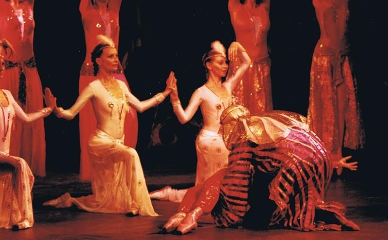 Grupo de Teatro Académico de Ópera y Ballet de Kharkov de Ucrania I