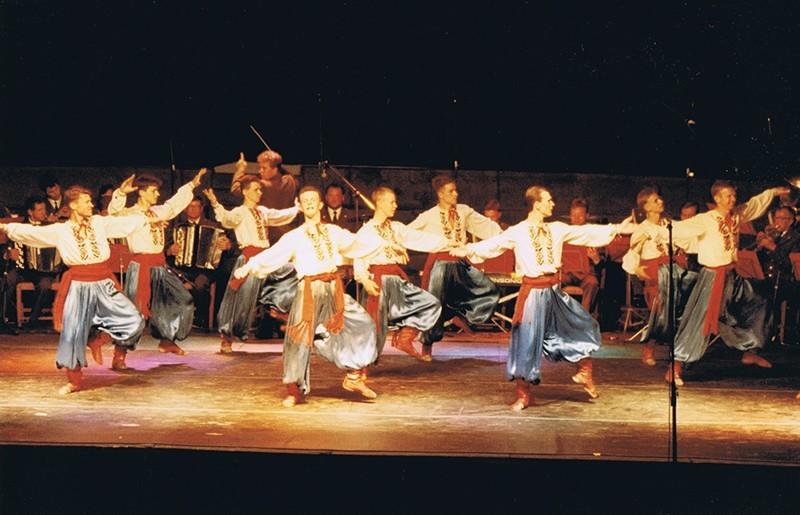 Los Coros y Danzas del Ejército Ruso X