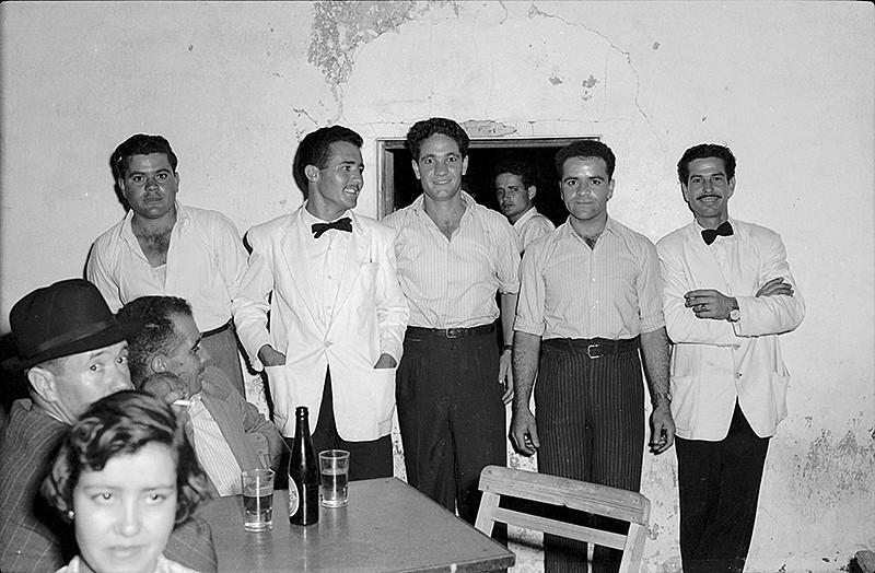 """Camareros del """"Tres Hermanos"""" I"""
