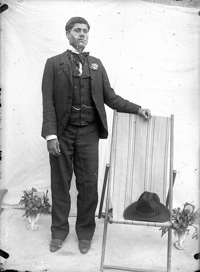 Hombre con sombrero II