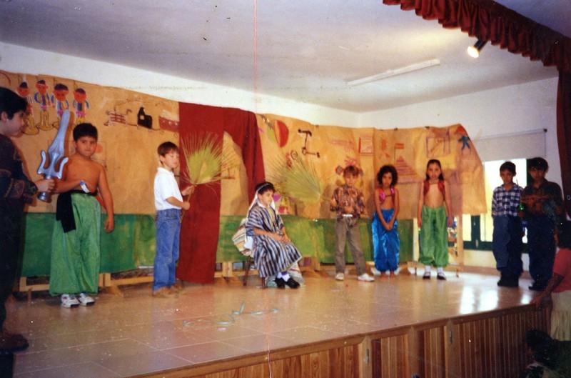 Representación teatral en la escuela IV