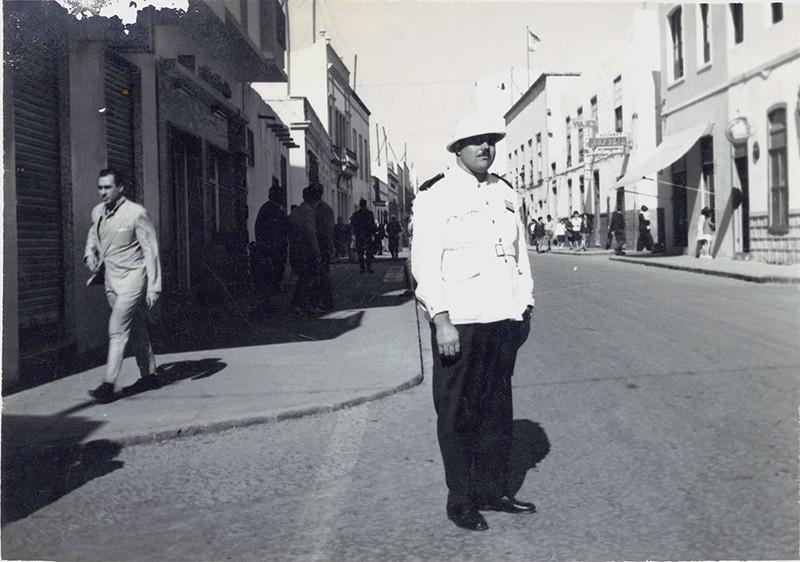 Heraclio Niz en la calle Real I