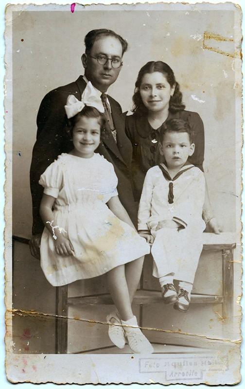 Mario Ferrer, Dolores Bermúdez e hijos