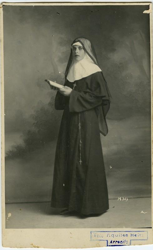 Retrato alumna de Margarita Martín III