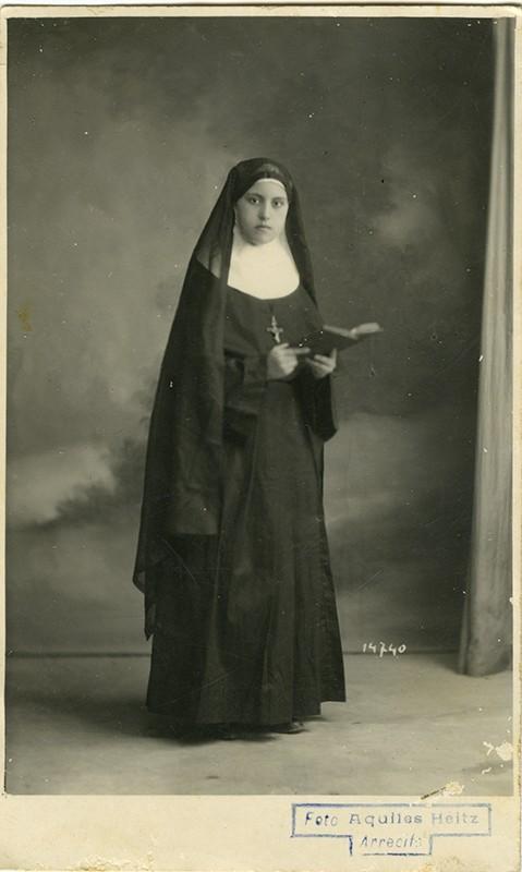 Retrato alumna de Margarita Martín IV