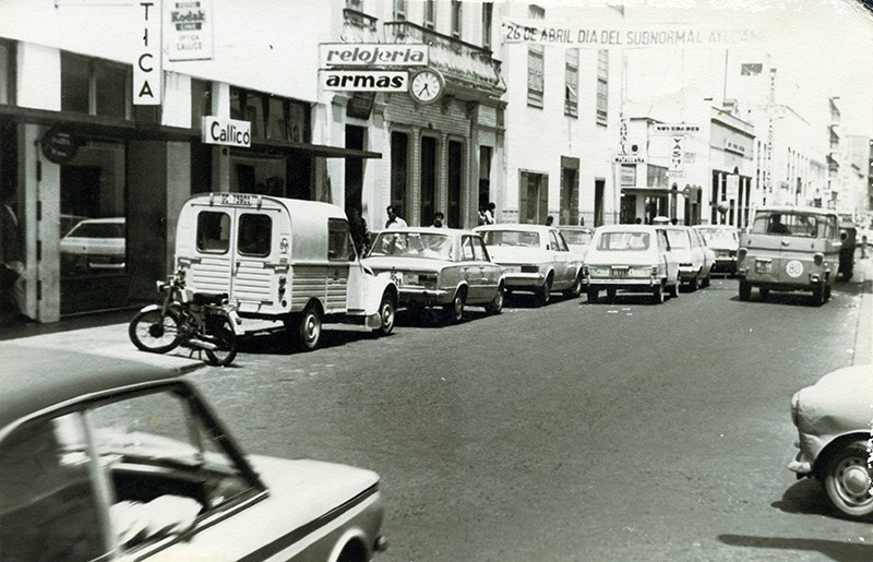 Calle León y Castillo o Real
