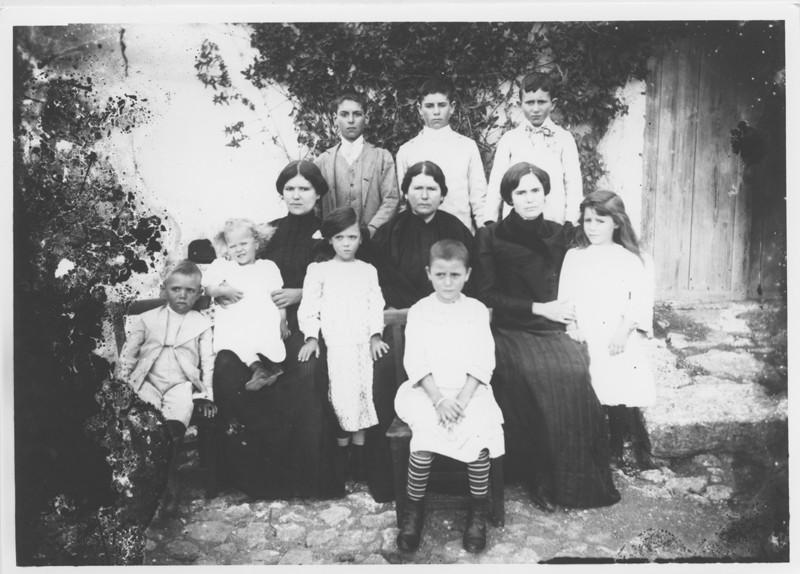 Mujeres y niños
