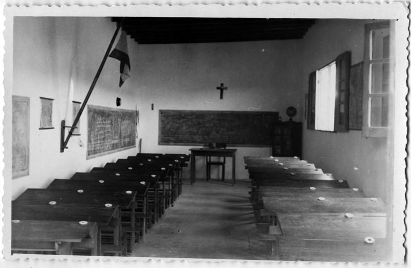Escuela de la Tiñosa IV