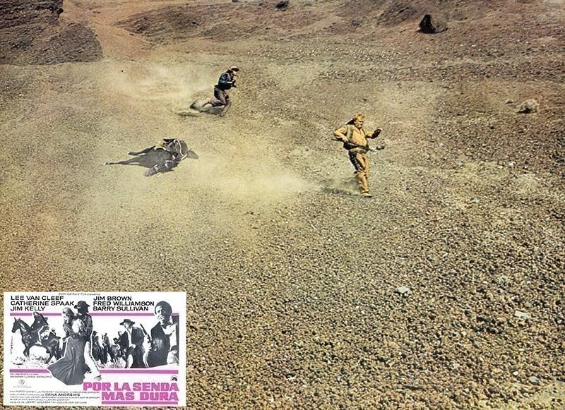 Fotocromo de la película Por la senda más dura V