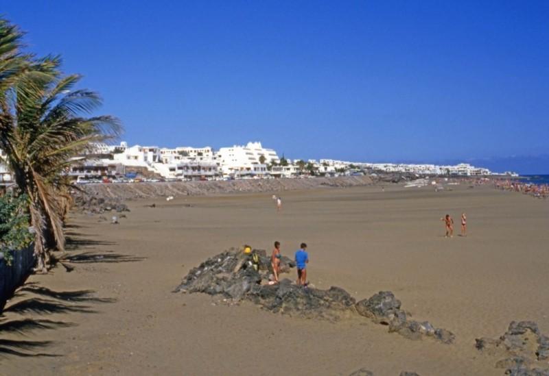 La Playa Grande de Puerto del Carmen II