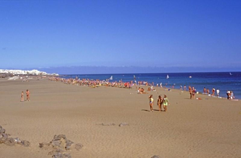 La Playa Grande de Puerto del Carmen III
