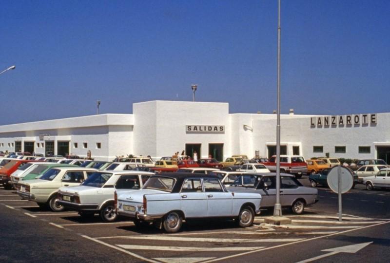 Aparcamiento del aeropuerto de Lanzarote