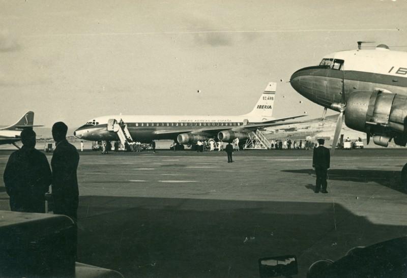 Aviones en el aeropuerto