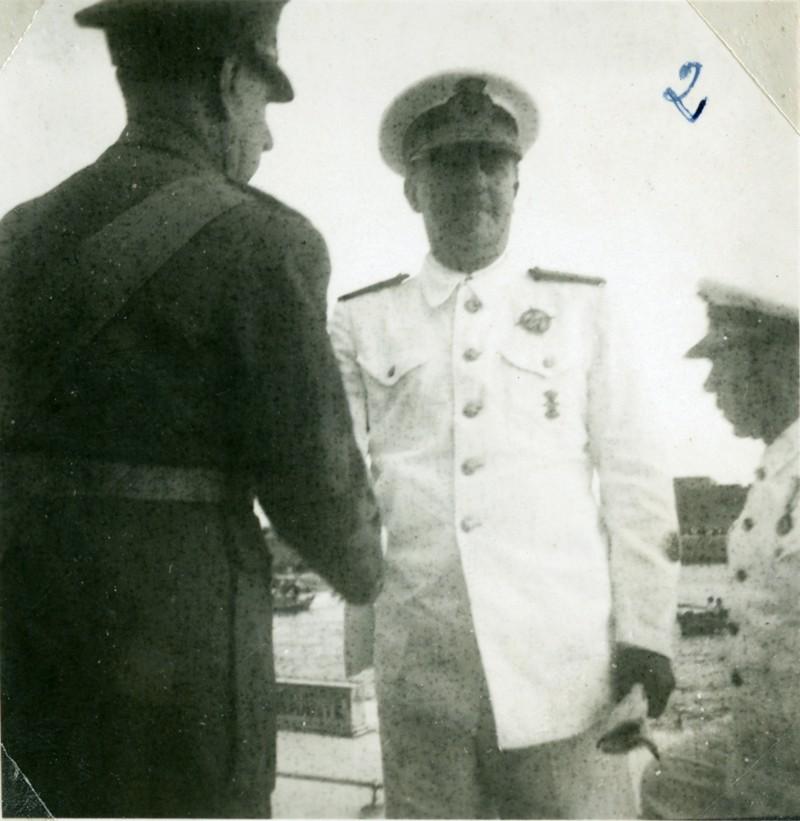 Álbum de la visita de Franco II