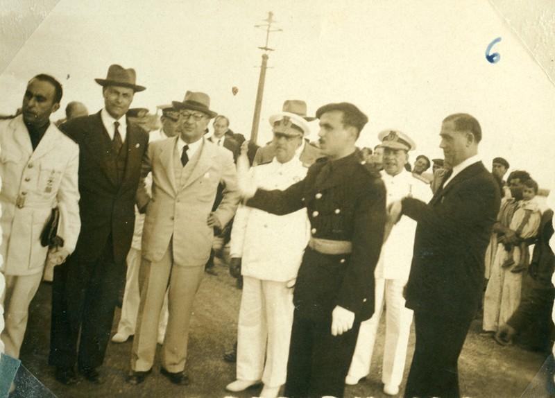Álbum de la visita de Franco VI