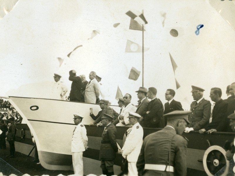 Álbum de la visita de Franco VIII