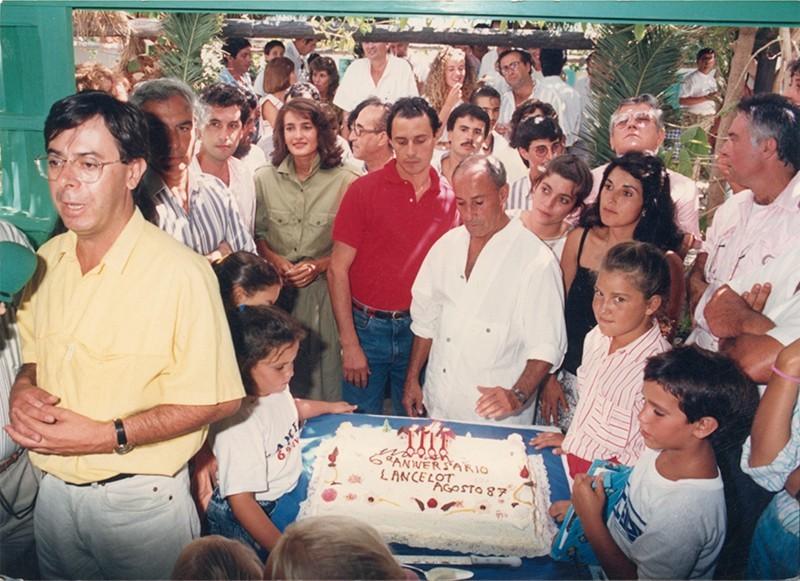 César Manrique en el aniversario del semanario Lancelot